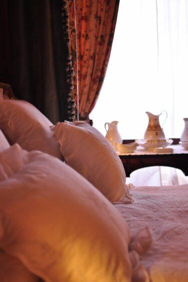 美魔女が語る。おすすめの仕事場はホテル。